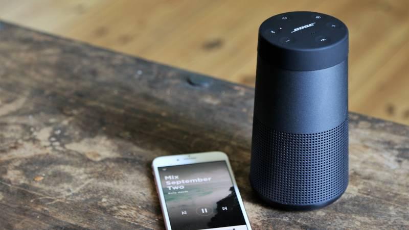 Truy cập dễ dàng vào Siri & Google Assistant trên điện thoại