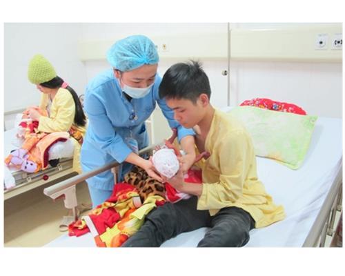 Những ông bố Việt Nam – Cuộc thi ảnh đề cao nữ quyền