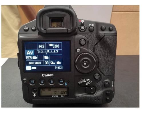 Máy ảnh Canon 1D X Mark II chính thức lên kệ tại Malaysia