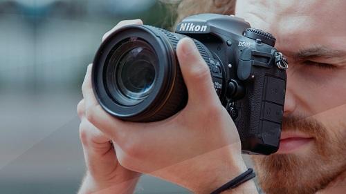Nhìn lại những sản phẩm máy ảnh nổi bật nhất trong năm 2016 (phần II)
