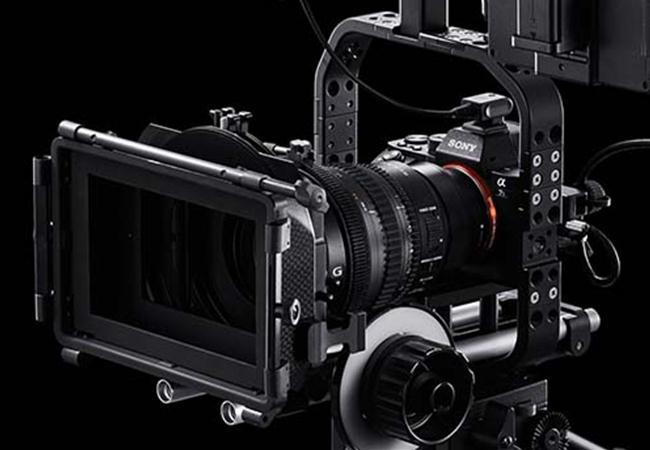 Có nên quay phim bằng máy ảnh?