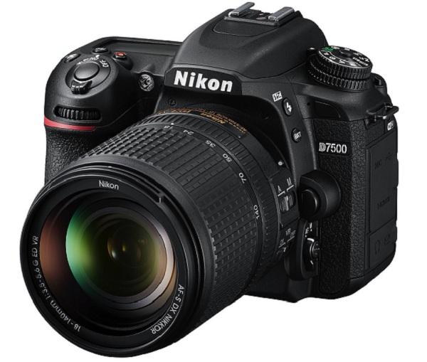 Máy ảnh Nikon D7500 sẽ đến sớm trong mùa hè này