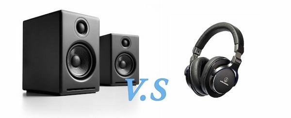 Sự khác biệt khi bạn nghe nhạc bằng tai nghe và loa là gì?