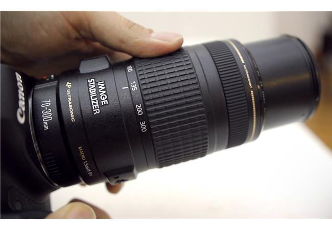 Những lựa chọn ống kính thích hợp nhất cho máy ảnh Canon 200D