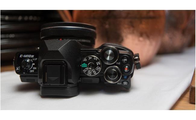Máy ảnh OM-D E-M10 Mark III ra mắt chính thức