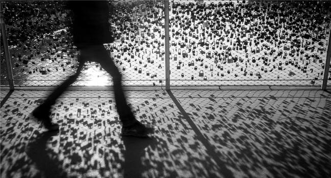 Khoảng lặng trong nghệ thuật nhiếp ảnh đường phố
