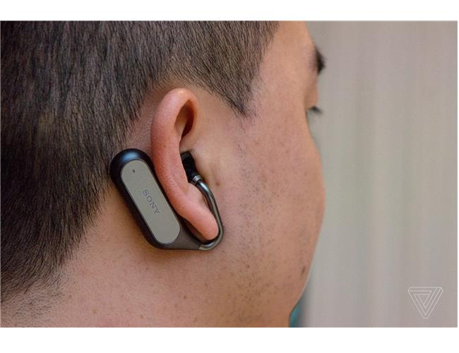 CES 2018: Ra mắt tai nghe Sony Xperia Ear