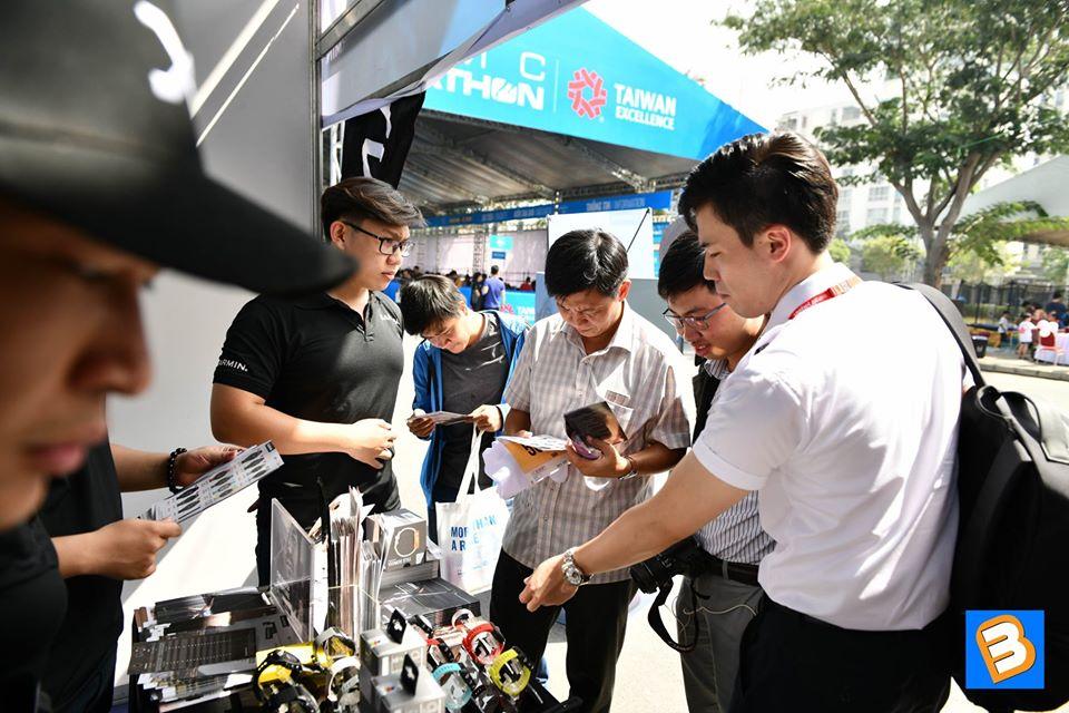 Binhminhdigital đồng hành cùng giải chạy bộ chạy bộ HCMC Marathon 2020 chay bo 15