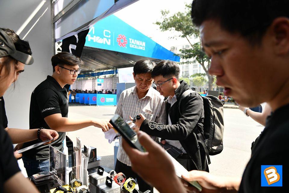 Binhminhdigital đồng hành cùng giải chạy bộ chạy bộ HCMC Marathon 2020 chay bo 16