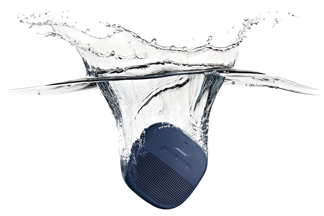Chọn mua Bose Soundlink Micro hay UE Wonderboom 2 nghe nhạc đỉnh hơn